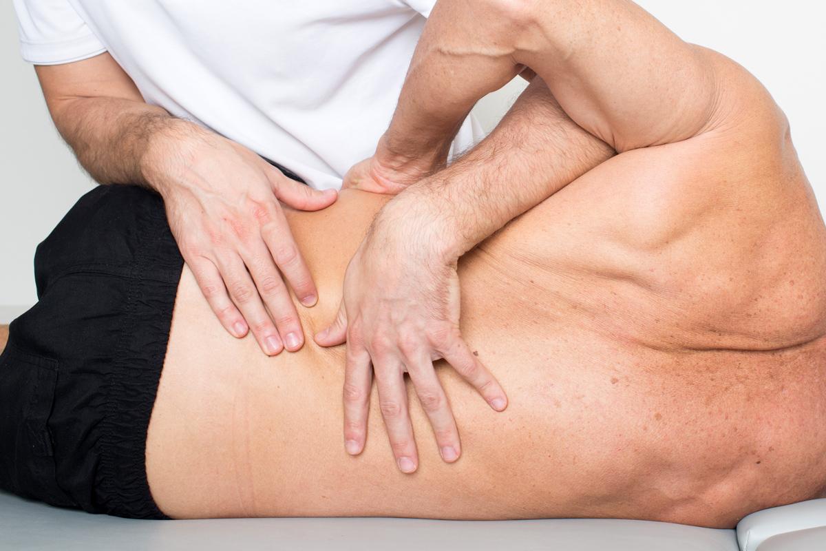 Lombalgia trattamento fisioterapico e osteopatia